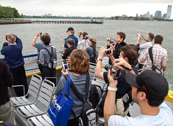 Statue of Liberty photographers