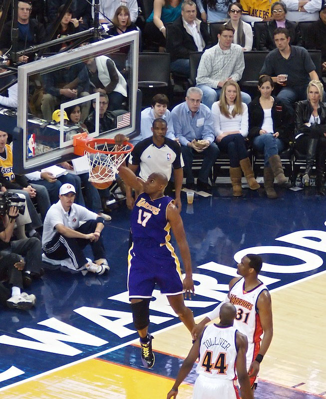 Andrew Bynum Slam Dunk With The Olympus E PL1