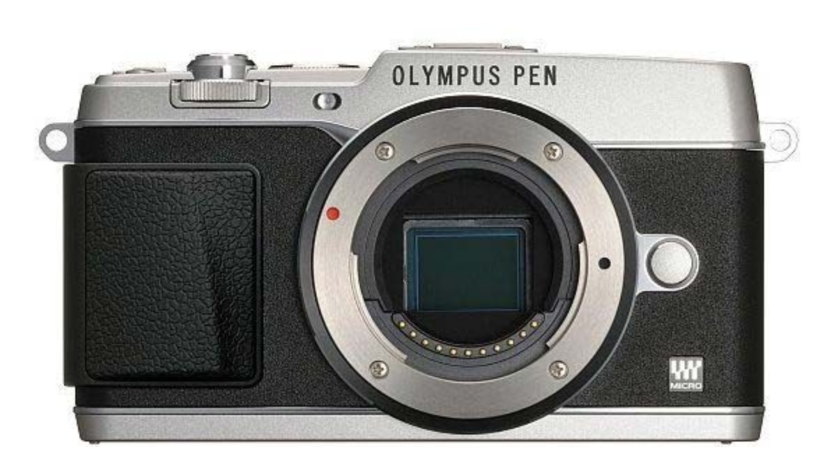 http://thedigitalstory.com/2013/07/09/olympus-ep5-front.jpg