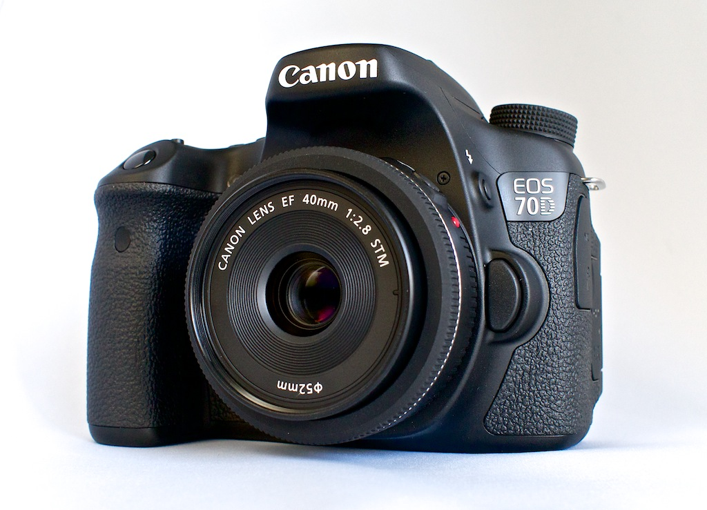 http://thedigitalstory.com/2013/09/03/canon-70d-with-40mm.jpg