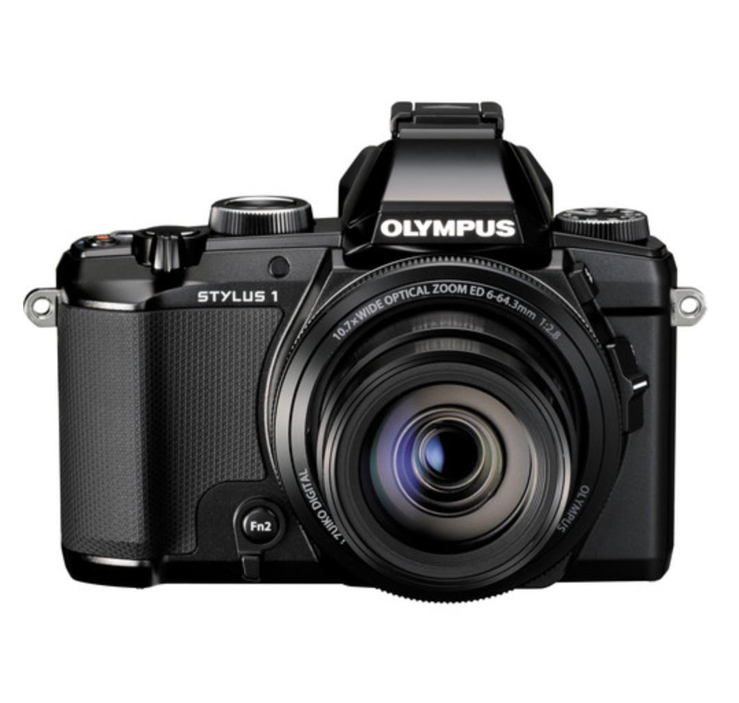 http://thedigitalstory.com/2013/11/19/olympus-stylus-1-front-square.jpg