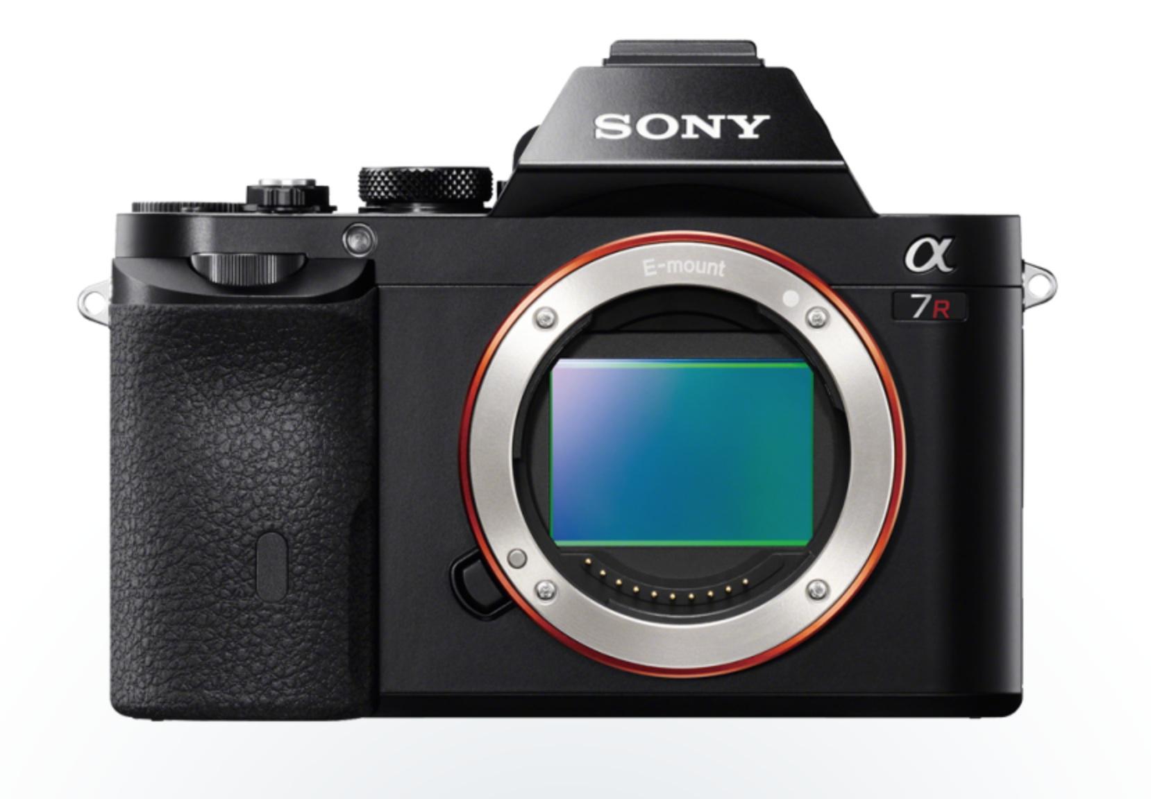http://thedigitalstory.com/2013/12/23/sony-a7r-no-lens.jpg