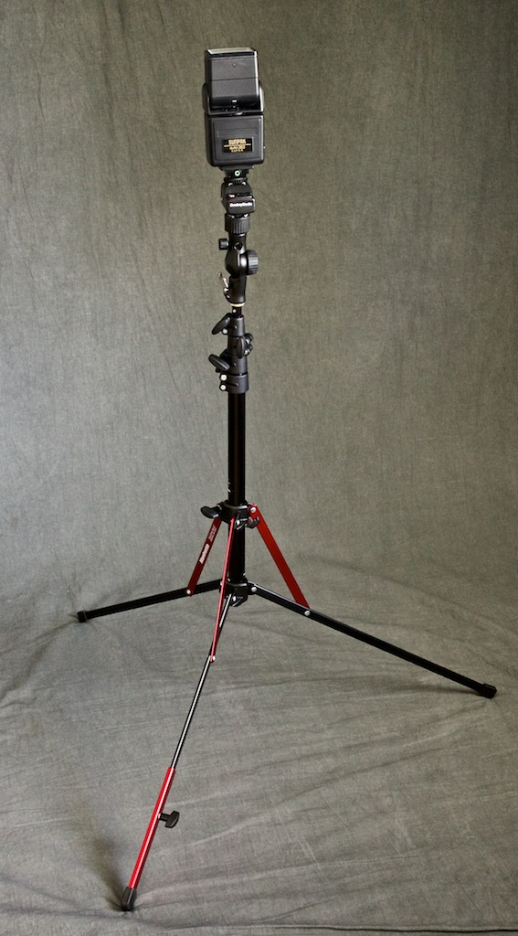 http://thedigitalstory.com/2014/05/19/manfrotto-nano-stand-up.jpg