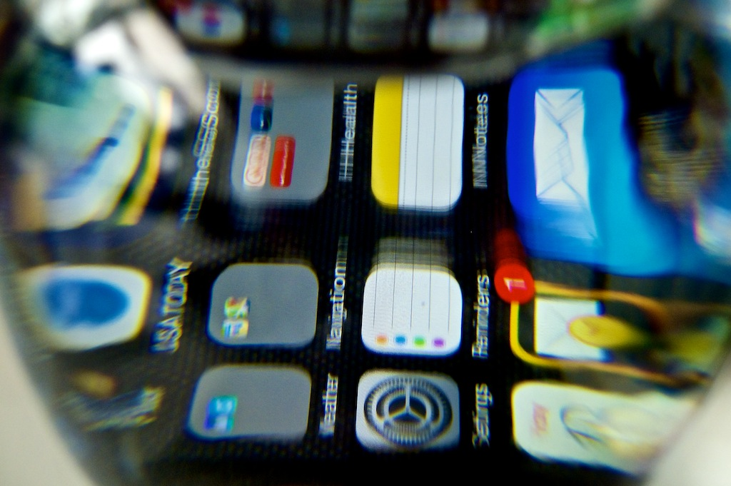 http://thedigitalstory.com/2014/07/18/submerged-iphone.jpg