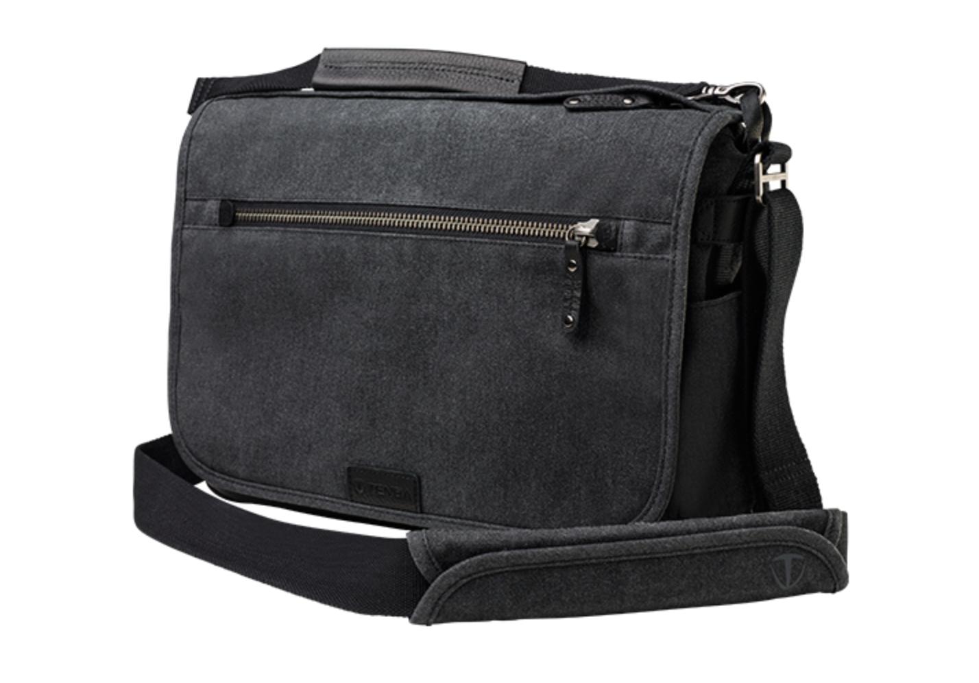 http://thedigitalstory.com/2015/11/02/tenba-shoulder-bag.png
