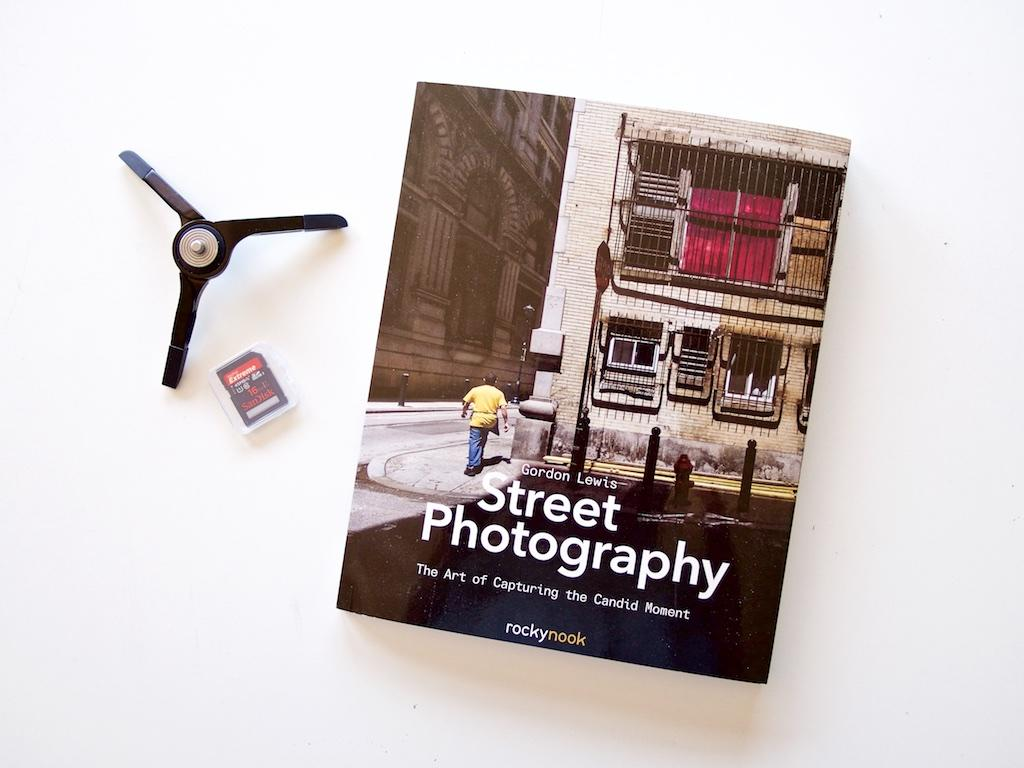 http://thedigitalstory.com/2015/11/24/street-photography-book.jpg