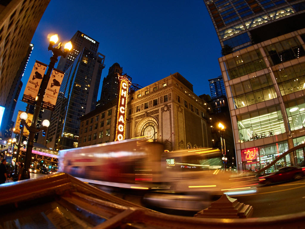 http://thedigitalstory.com/2016/11/07/chicago-night-workshop.jpg