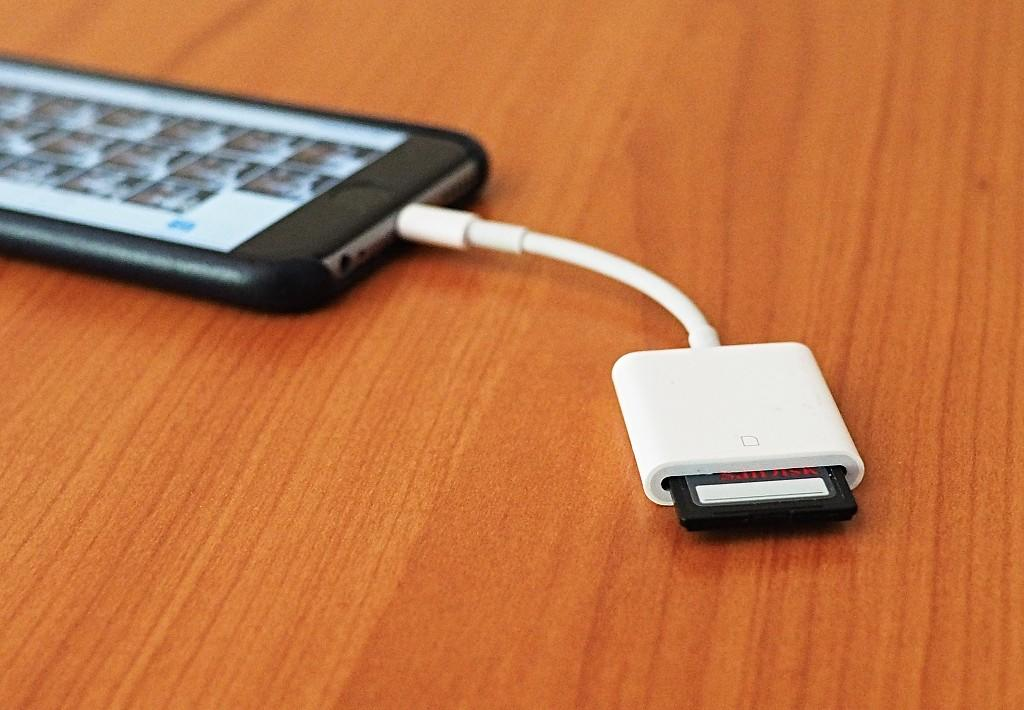 http://thedigitalstory.com/2017/01/09/iphone-with-adapter.jpg