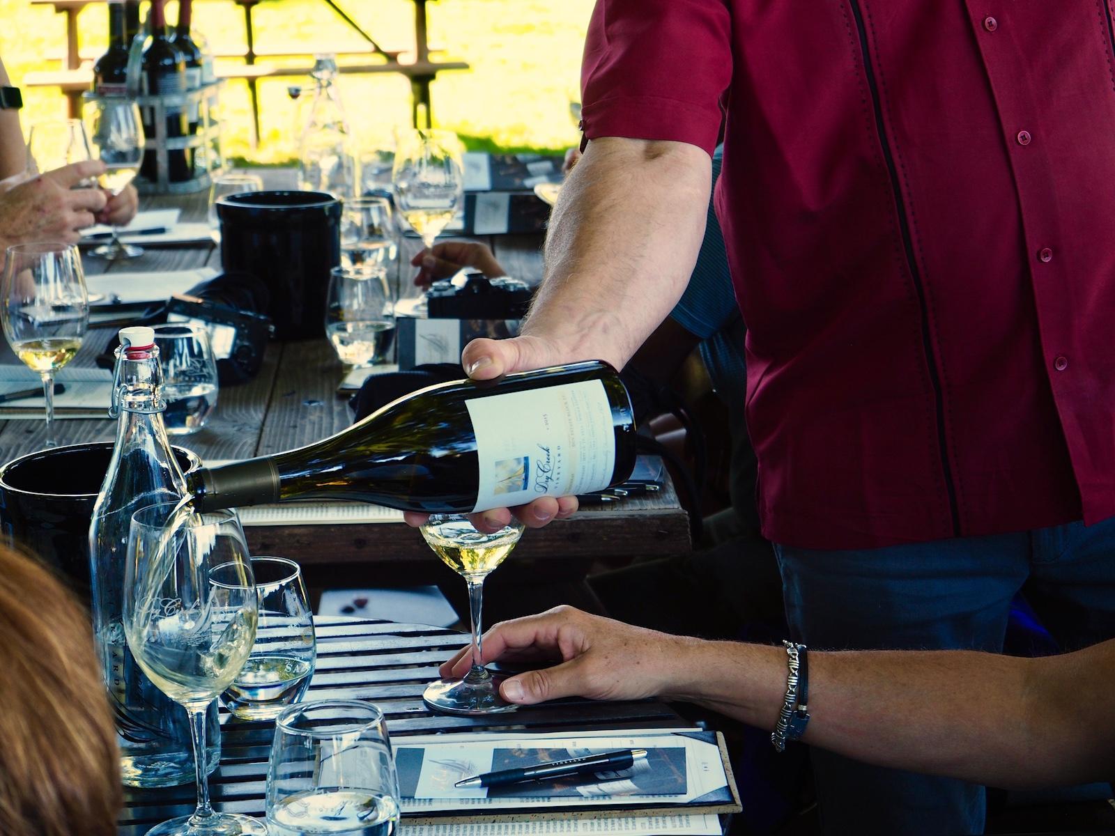 http://thedigitalstory.com/2017/10/29/wine-tasting.jpg