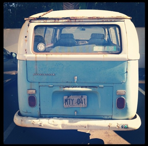 vw_bus_on_maui.jpg
