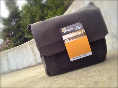 lowepro_pro_messenger_160_outside.jpg