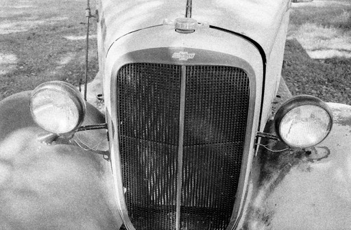 1935_chevy_truck_front.jpg
