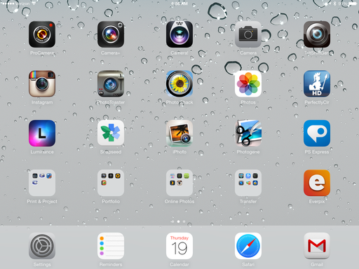 iOS 7 Photo Apps on an iPad