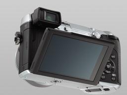 GX7s_back_slant_LCD_2_700.jpg