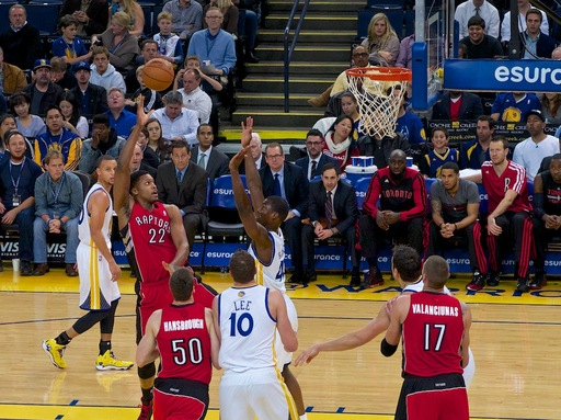 raptors-vs-warriors-oracle.jpg