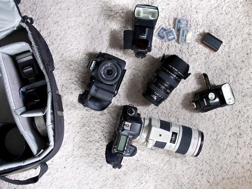 dust-off-dslr.jpg