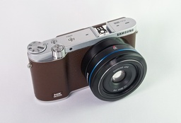 Samsung NX 3000 with 30mm Prime Lens