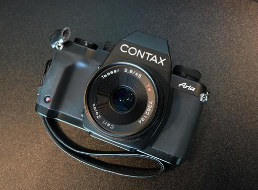 contax-aria-front.jpg