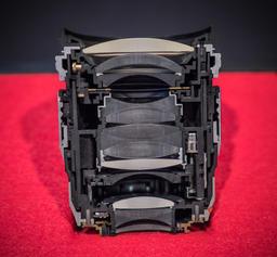 45mm-f-1pt2-cutaway.jpg