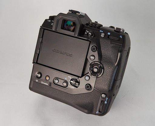 P3257585-gear-1024.jpg