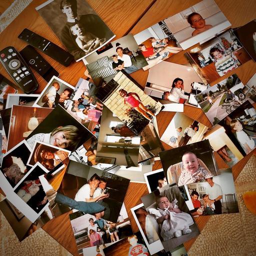 family-snapshots.jpg